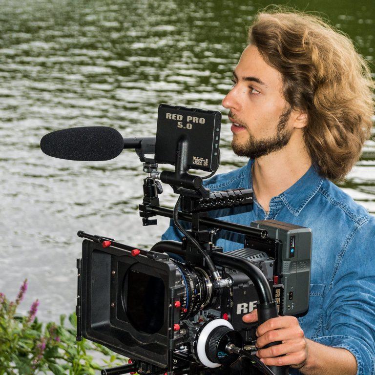 """Lukas Gawenda (Drehbuchautor, Regisseur und Produzent von """"Gespalten"""")"""